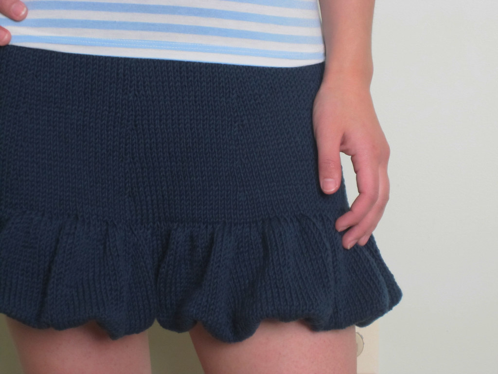knit ruffled skirt