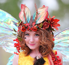 Twig the Fairy Flirting 2010 AZ Ren Fest (gbrummett) Tags: beautiful fun cool pretty medieval fairy twig renfaire renfair huzzah 2010 50v5f huzzar twigthefairy arizonarenaissancefestival azrenfest grantbrummett canon5dmarkiidigitalcamera azrenfes 2010azrenfes royalfaire