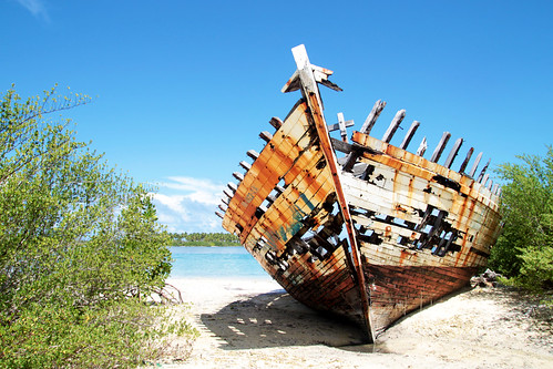 ghost ships of hithadhoo...