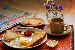 BF (shubhangi athalye) Tags: food india marie breakfast newspaper strawberry tea toast egg biscuit butter teacup sunnysideup omlette nutritious timesofindia nashta amulbutter