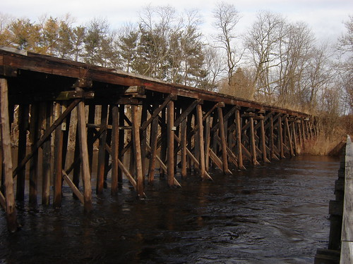 Boston & Maine trestle, Waltham MA