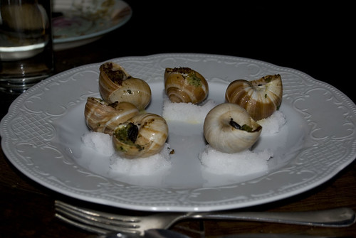 bistro vue_garlic snails with parsley crust