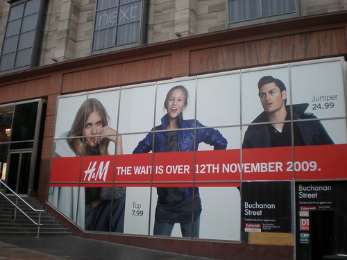 H&M - Window Vinyl - Opening