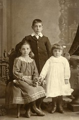 Image titled Gibson family group 1899