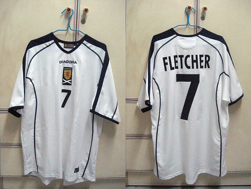 Scotland 2003-2004 Away S/S (FLETCHER)