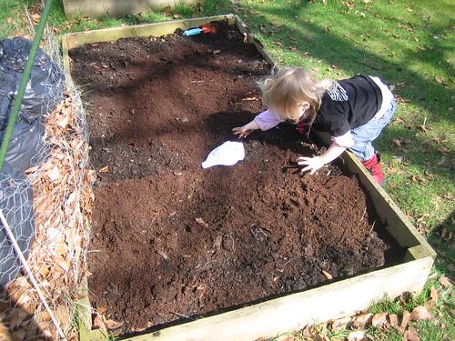 gardening042010 041