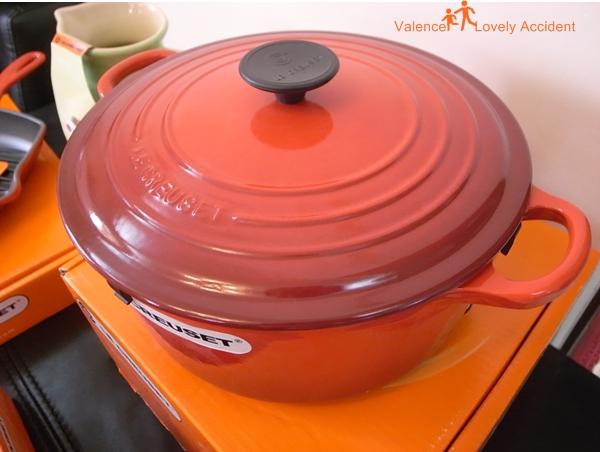 LE CREUSET_紅色燉鍋