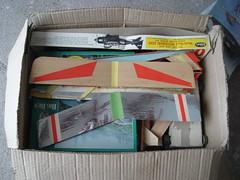 Caja de Pandora (Marcos Sader) Tags: hobby caja escuela recuerdos aviones proyecto trolebus escala aeromodelismo electrnica trole