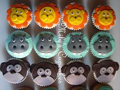 Monkeys, lions and hippos (Mily'sCupcakes) Tags: blue sky love cupcakes chocolate monkeys milys i lionsandhippos