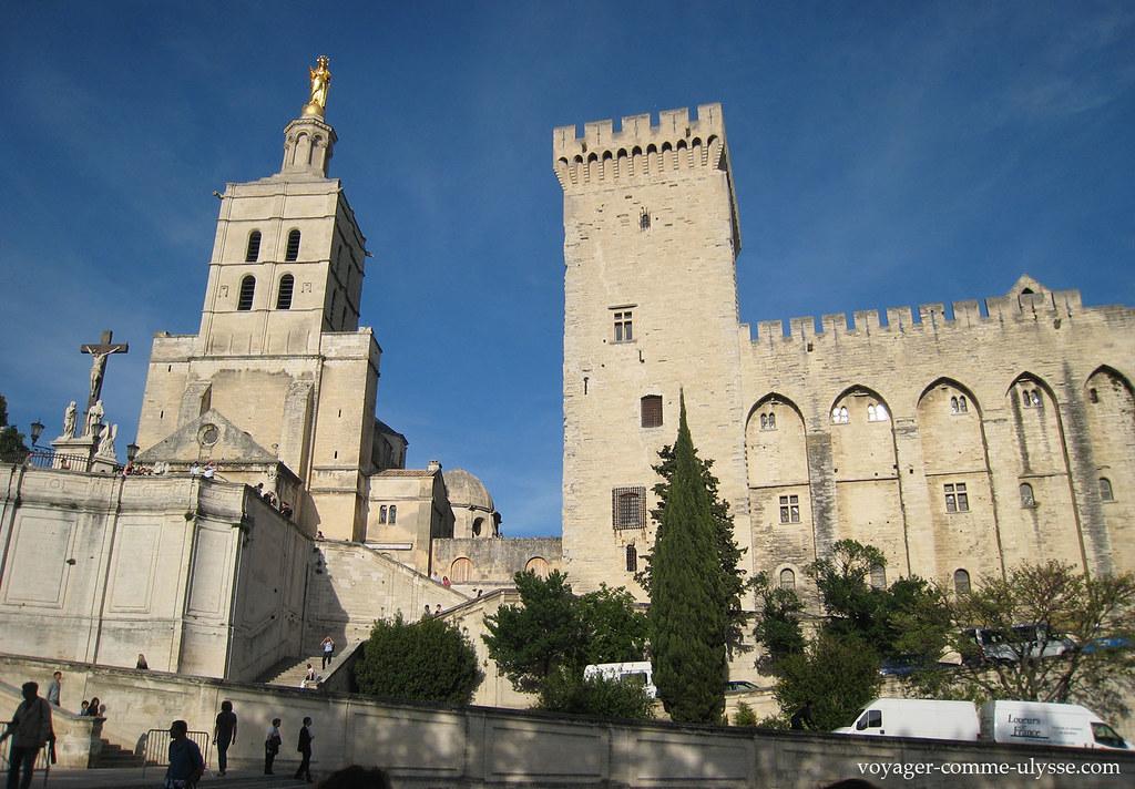 Cathédrale Notre-Dame des Doms et Palais des Papes