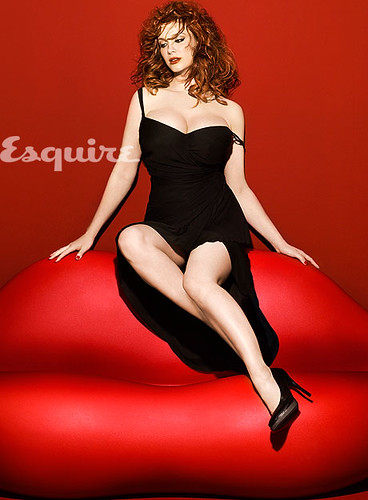christina-hendricks-cleavage-0510-lg