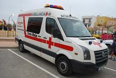 VW Crafter/Dextron? (barronr) Tags: festival volkswagen spain volunteers catalonia ambulance lampolla spanishredcross creurojalampolla holidyday