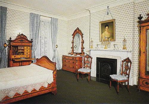 TEDDY ROOSEVELT HOUSE MASTER BEDROOM
