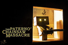Danboface (Senzio Peci) Tags: italy film face japan movie toy scary amazon italia texas box leatherface fear chainsaw killer horror sicily giappone sicilia kaiyodo faccia danbo paura nonapritequellaporta cuoio patern motosega revoltech thetexaschainsawmassacre danboard  intothedeepofmysoul
