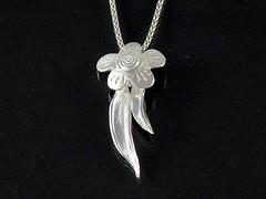"""Flower & Leaves"" Silver Necklace (EfratJewelry) Tags: silver handmade jewelry jewellery sterling 925 silversmith metalsmith sterlingsilver כסף סטרלינג תכשיטים שרשרת תליון תליונים שרשראות צורפות עיצובתכשיטים efratjewelry"