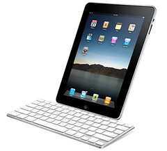 Apple-iPad-accessory-Keyboard-Dock