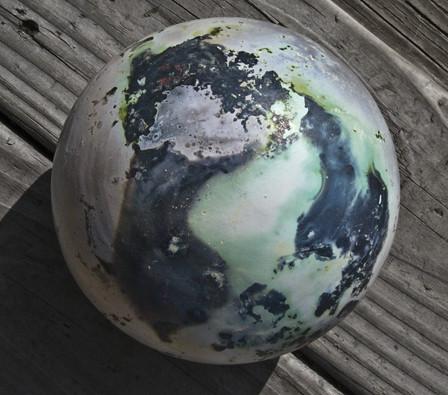 Barrel-fired globe