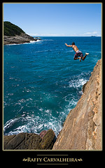 Taking risks (Raffy Carvalheira) Tags: life travel family brazil favorite rio rock brasil riodejaneiro photoshop canon fun photography photo interestingness google interesting jump risk personal photos internet lifestyle sigma myspace romance buzios fave explore mtv canonrebel digitalcamera inspirational 1020mm month 1020 monthly raffy facebook cs4 ferradurinha canonlens sigma1020 xti bresile 400d rebelxti canonrebelxti canon400d canonxti carvalheira photoshopcs4 raffycarvalheira