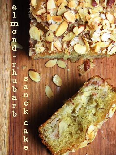 almond-rhubarb snack cake