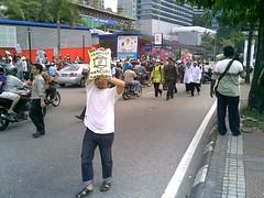 Anti-Zionist March (6) (QooL / بنت شمس الدين) Tags: march nokia muslims qool 6110 antizionist