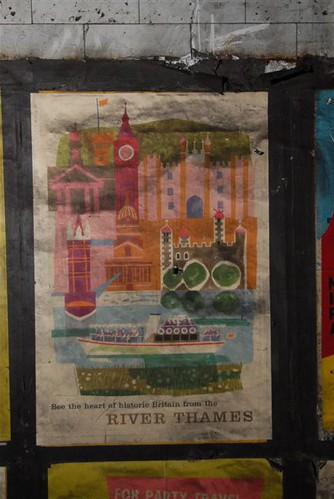 "1959 vintage ""River Thames"" poster found at Notting Hill Gate tube station, 2010"