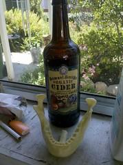 Wychwood Organic Cider and  Foam-it 5 jaw bone
