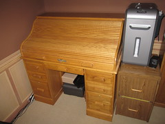 Bureau as enclosed storage