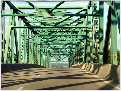 Mormon Bridge