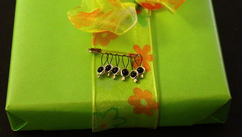 Eclipse stitch markers