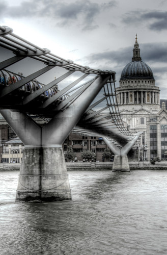 Millenium bridge. London. Puente del Milenio. Londres