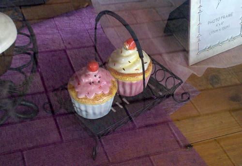 porcelain cupcakes 3