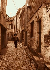 The last resident of Stavelot (stijnbulckaen) Tags: street alley sam ruelle rue stavelot steegje straat steeg clukkers