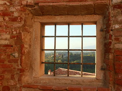 Auf dem Schloss in Lari
