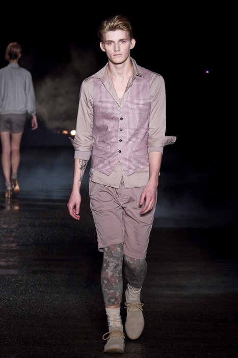SS11_Tokyo_Davit MEURSAULT002_Charlie Westerberg(Fashionsnap)