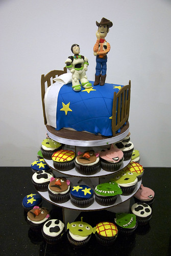 toy story cupcake tower cake