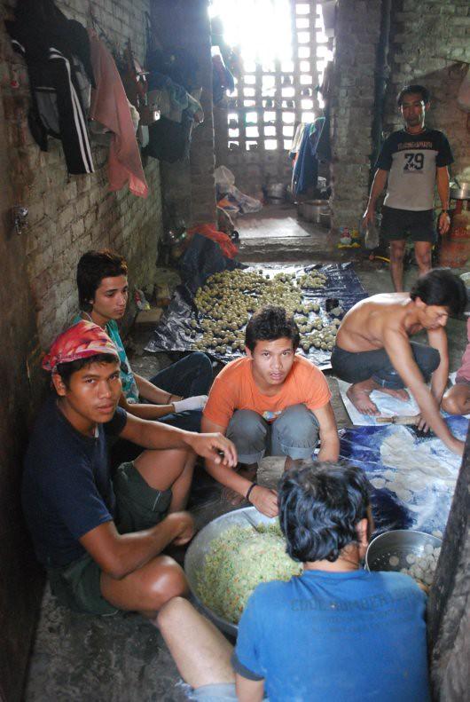 Momo Workers