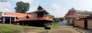 Paramekkavu Bhagavathi Temple, Thrissur 3