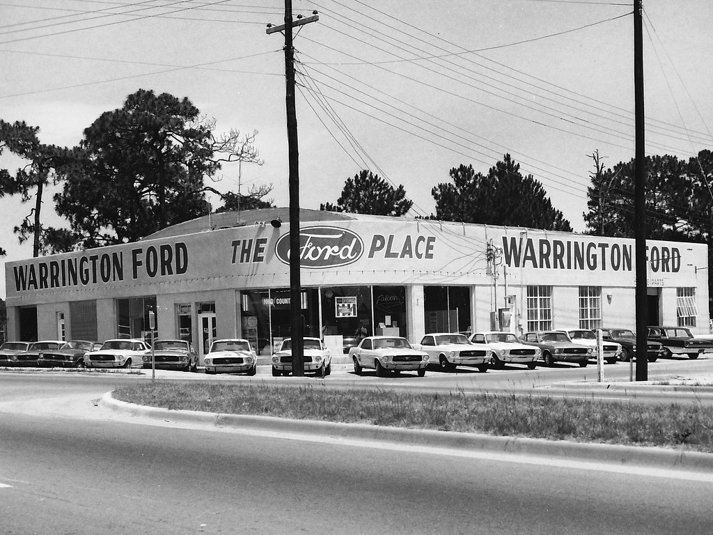 B&W Ford Dealer Pics! - The Mustang Source - Ford Mustang ...