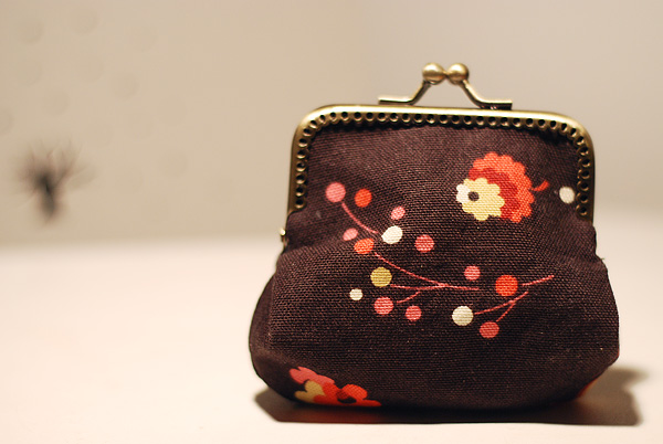 snap coin purse