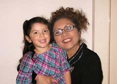 Thanksgiving05 (F Cortes) Tags: family color liz me familia sanantonio mom dad jessica joel jimmy adriana melissa thanksgivingday isabel gus 2009 chavez cortes