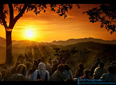 Divine Blessings (bnilesh) Tags: light sunset people orange sun india tree yellow rural blessings landscape golden divine rays spiritual sunsetpoint viewers goldstarawardgoldmedalwinner