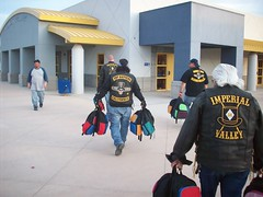All the Presidents men lending a hand (THMC) Tags: top mc valley imperial hatters