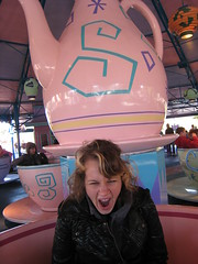 There's no yawning in teacups!!!
