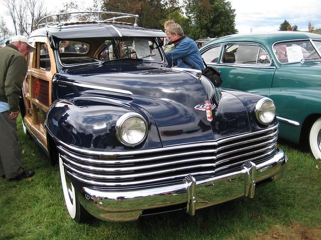 auto show car sedan pennsylvania woody townandcountry hershey 1942 chrysler 2009 aaca fallmeet