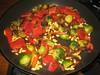 Spruitjes met bacon, geroosterde paprika en pijnboompitten