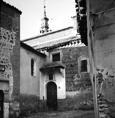 Iglesia de San Justo de Toledo a finales del siglo XIX. Fotografía de Alexander Lamont Henderson