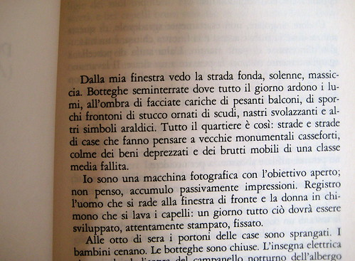 Christopher Isherwood, Addio a Berlino, Garzanti 1999, p. 17. (part.)