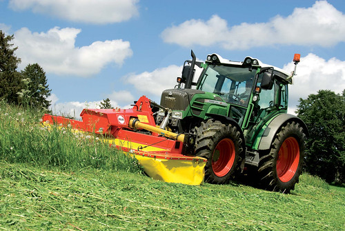 FENDT 200 Vario - ciągniki rolnicze, kompaktowy traktor FENDT - Korbanek
