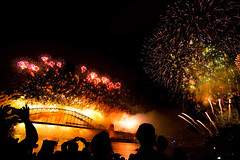 Past Midnight (photo.klick) Tags: light night amazing display fireworks oz nye sydney australia photoblog newyearseve blaze sydneyharbour jol 2010 sydneyharbourbridge bluespointreserve concordians awakenthespirit katsingercom