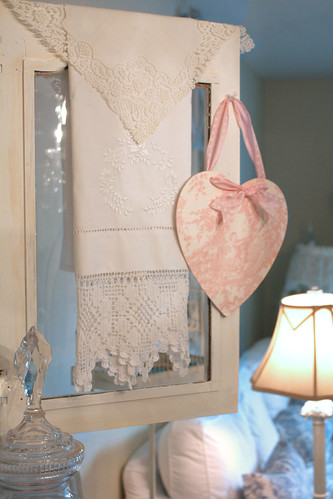 linen and lace por Romantic Home.